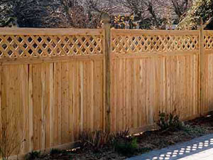 privacy fence with lattice plans